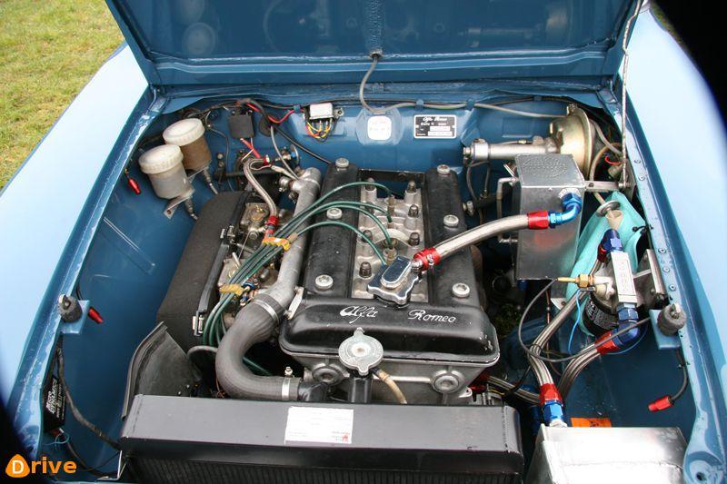 1963 Alfa Romeo Giulia TI Super engine