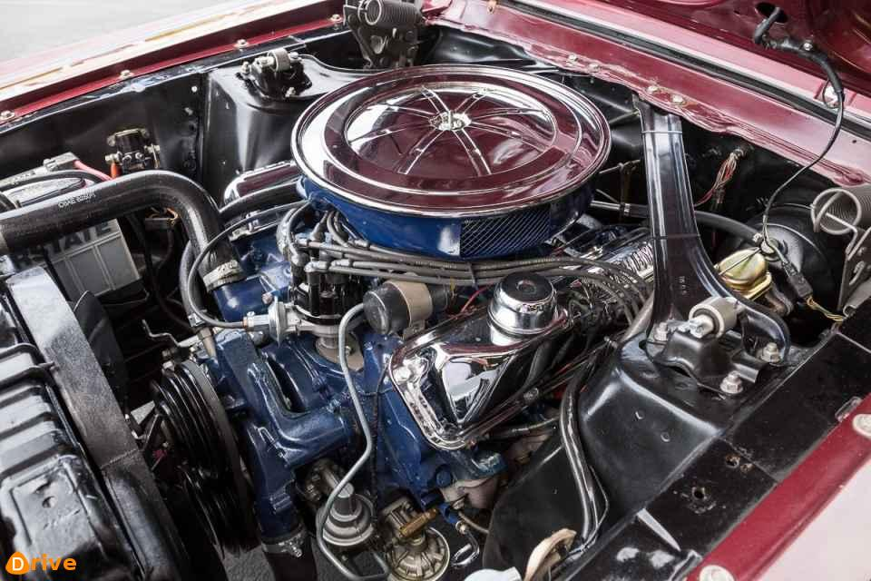 1967 Ford Mustang GT 390 engine