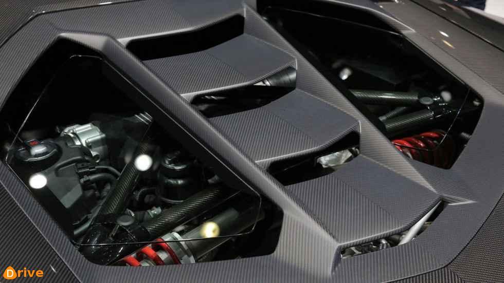 2019 Lamborghini Huracan engine