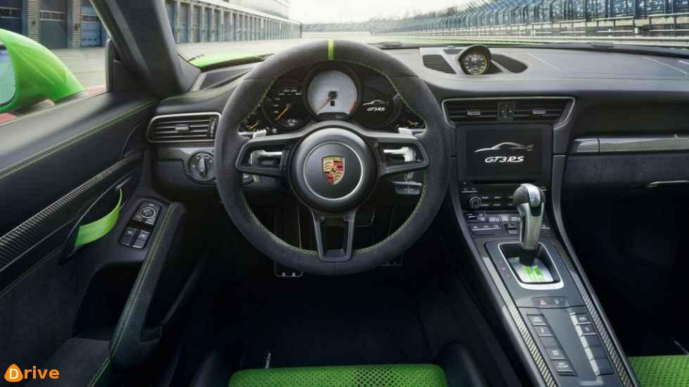 2019 Porsche 911 GT3 RS interior