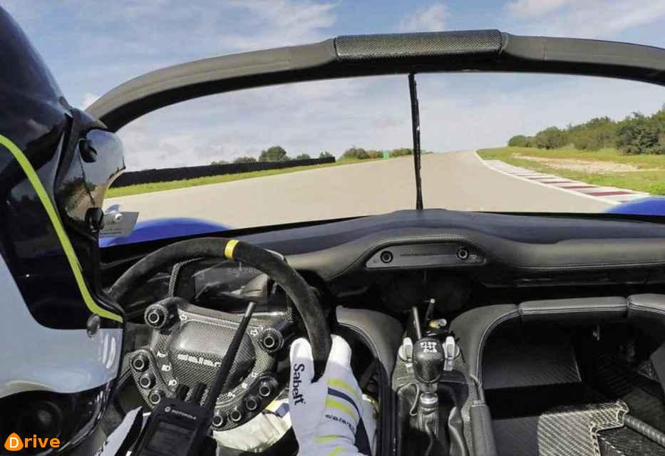 2019 Dallara Stradale interior