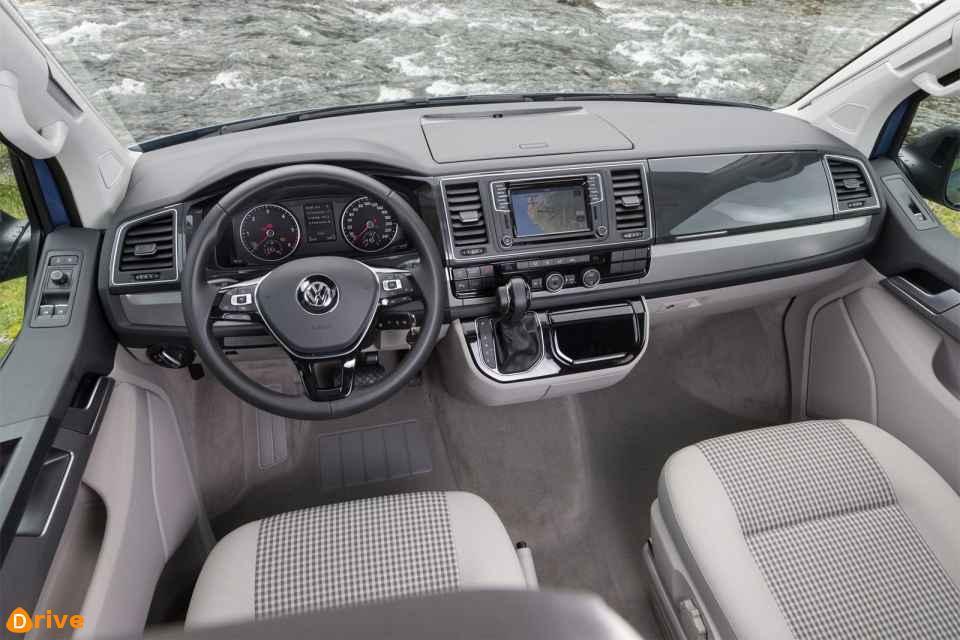 2019 VW T6 California Ocean Blue interior