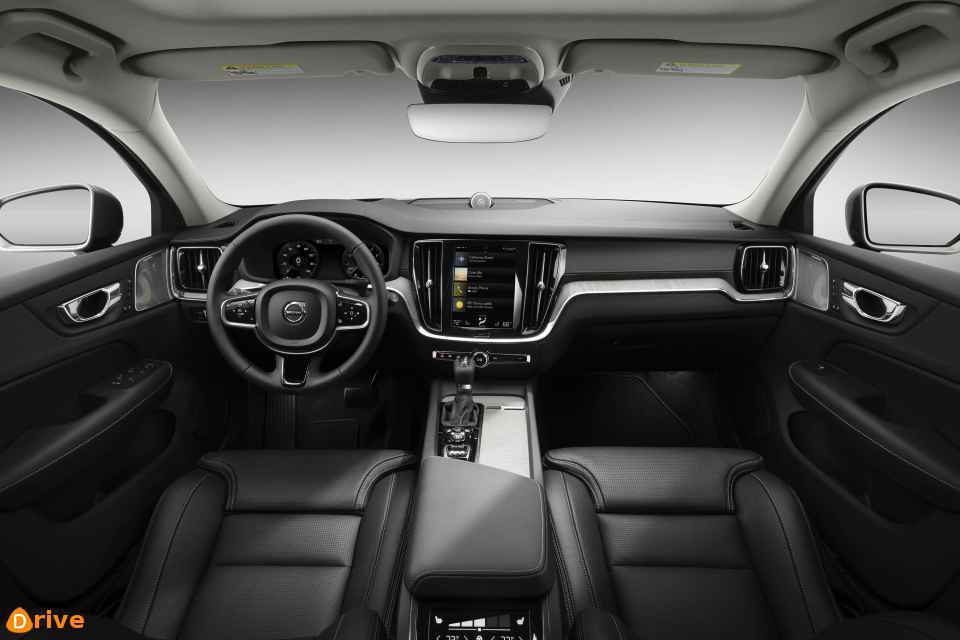 2019 Volvo V60 D4 interior