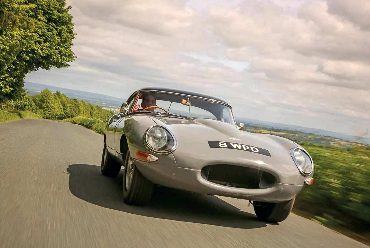 1964 Jaguar E-type Lightweight spec - road and track test 8WPD UK-reg