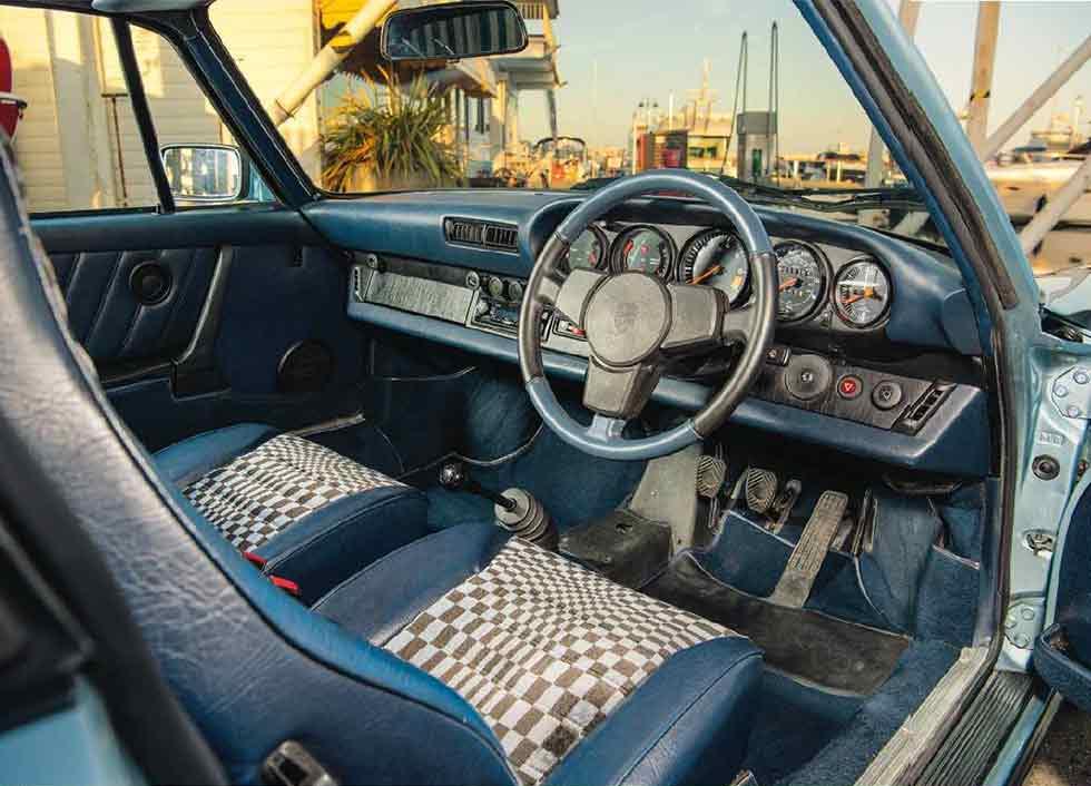 1983 Porsche 911 SC interior RHD