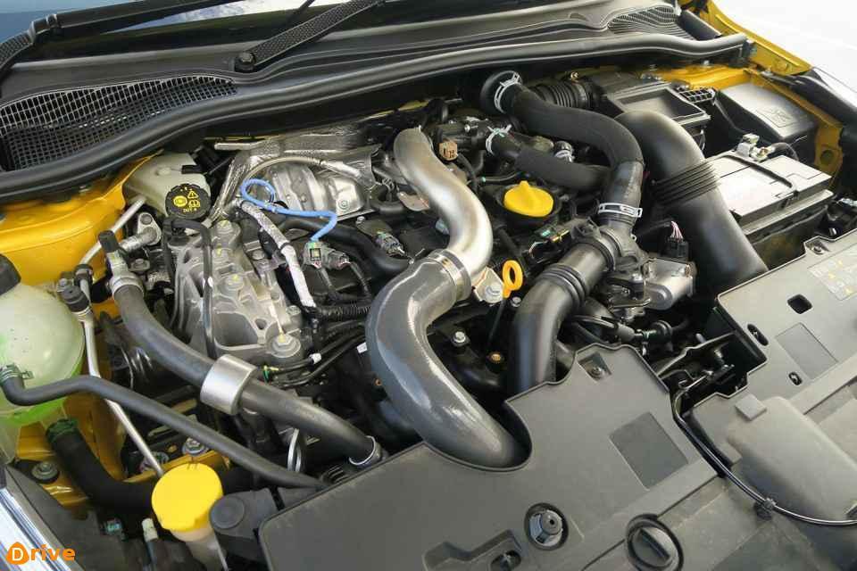 CLIO V6 engine