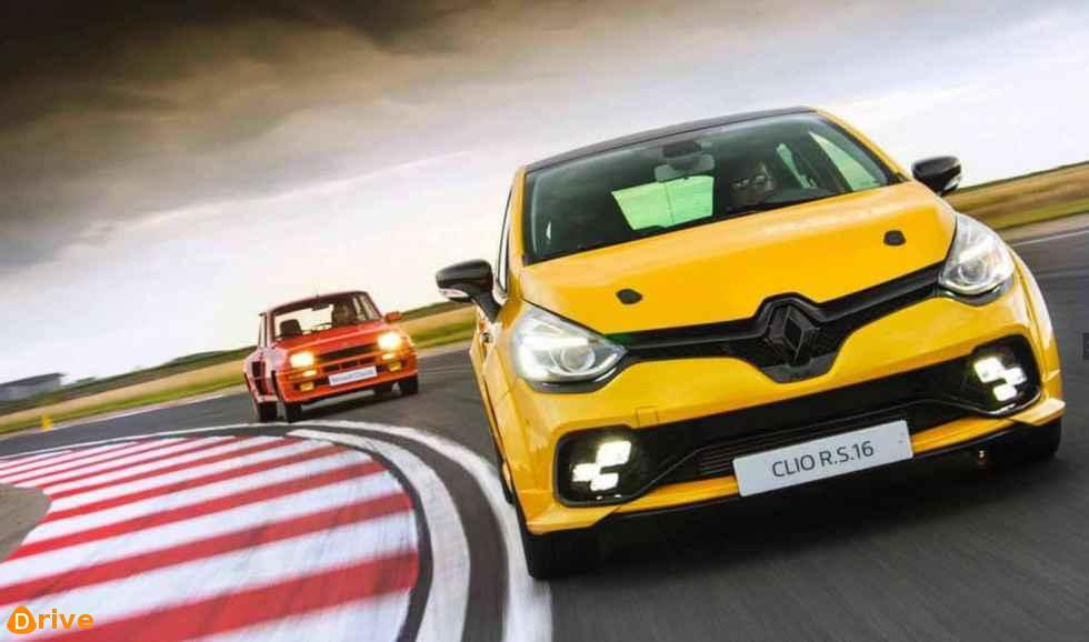 Clio Rs16 VS Renault 5 Turbo 1 002