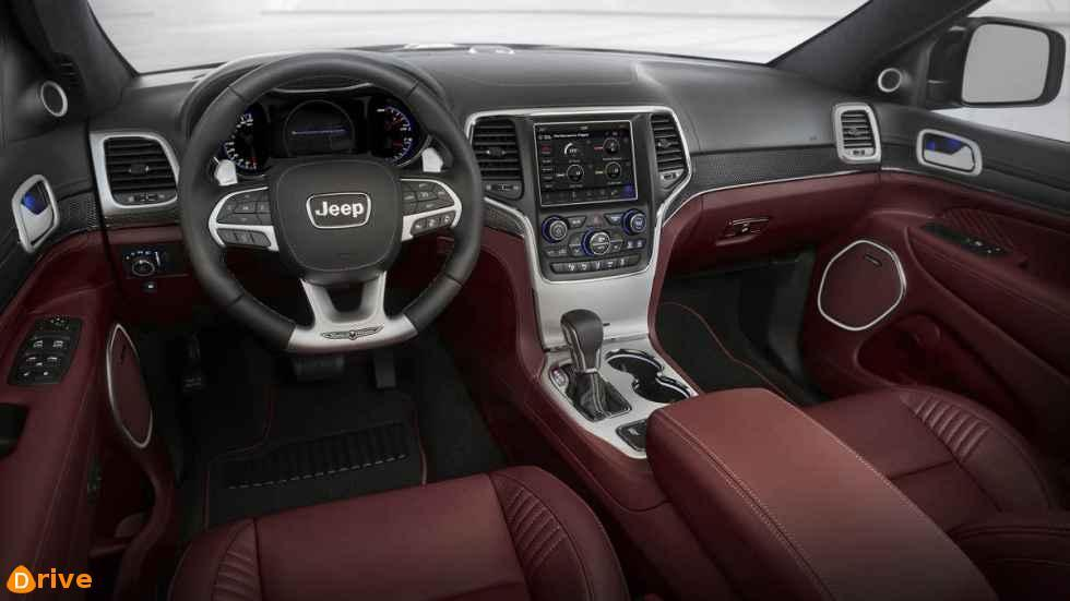 2018 Jeep Grand Cherokee Trackhawk interior