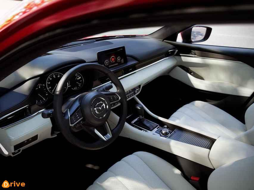2019 Mazda 6 interior