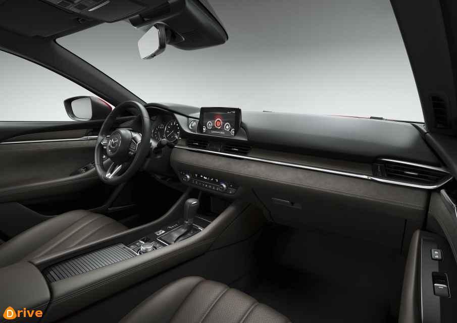 2018 Mazda 6 Combi interior
