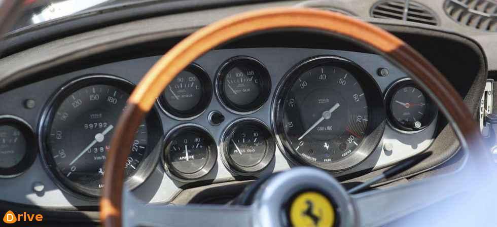 575 M Maranello dashboard