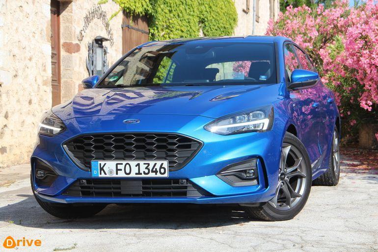 Ford-Focus-2018_30.jpg