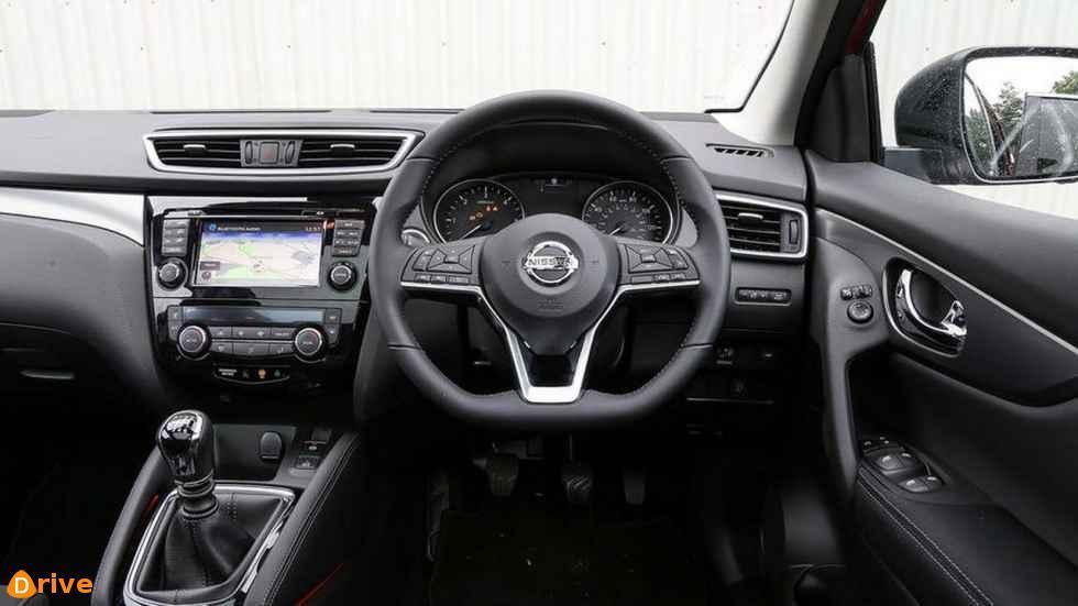 2018 Nissan Qashqai interior