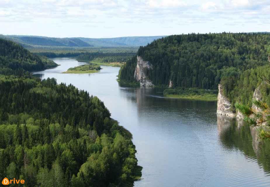 river-2823815_1920.jpg