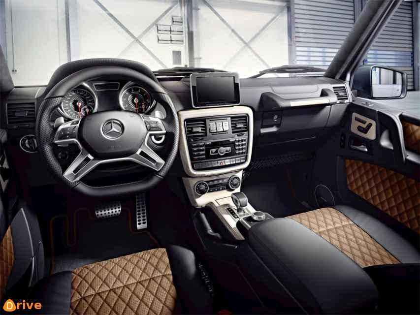 Mercedes-Benz-G-Class-2015-2016-salon-1.jpg