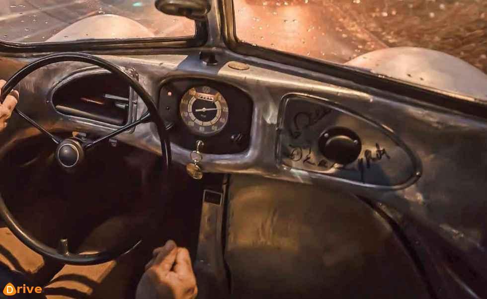 1939 Porsche Typ 64 interior