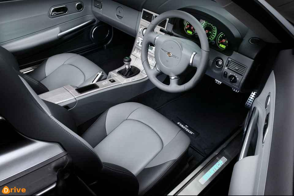 2004 crossfire interior