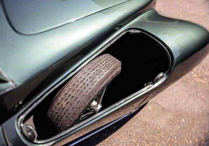 1949 Aston Martin 2-litre Sports DB1 - road test