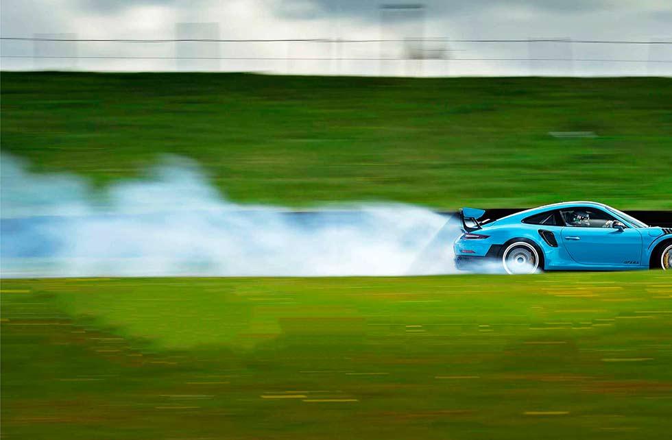 2018 Porsche 911 GT2 RS 991.2 track test