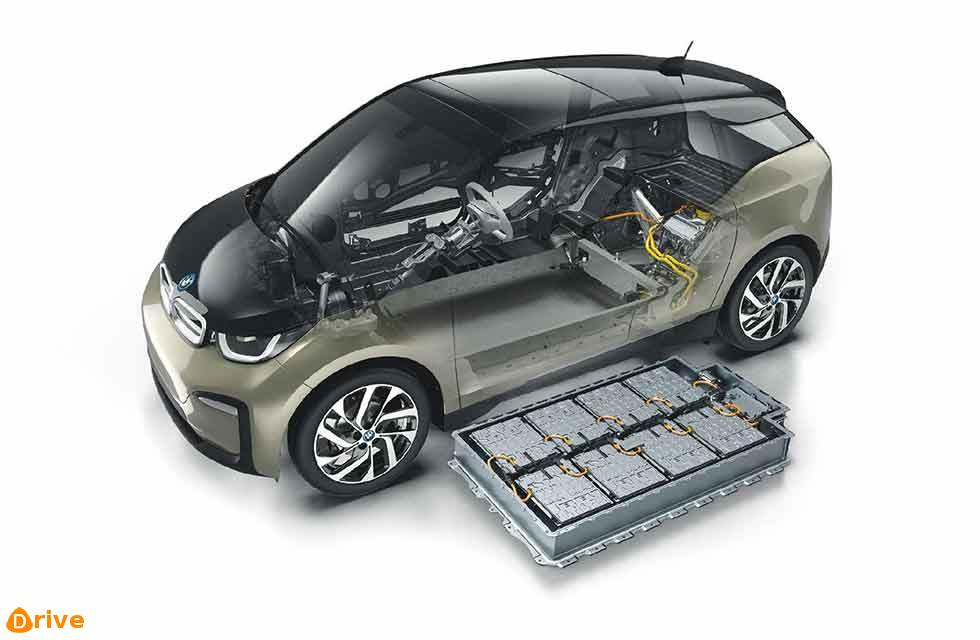 BMW updates i3 battery and drops REX