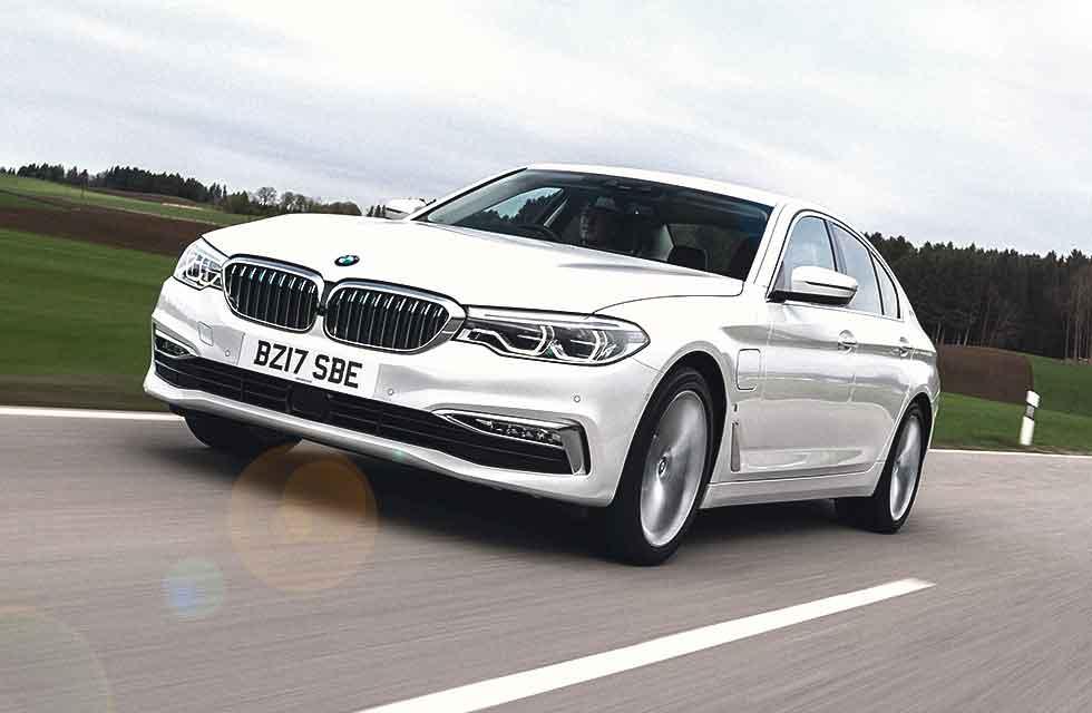 2019 BMW 530e iPerformance SE UK-spec G30