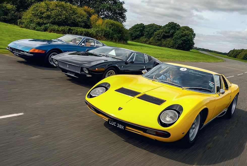 Old-school Ferrari Daytona squares up to Lamborghini and De Tomaso middies