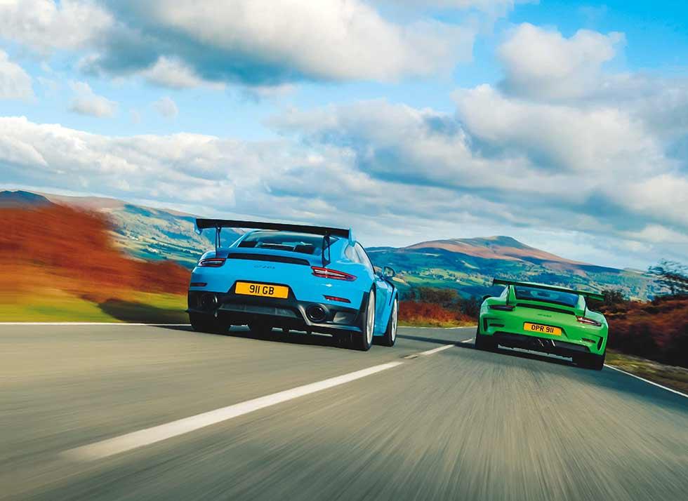 2018 Porsche 911 GT2 RS 991.2 vs. 2018 Porsche 911 GT3 RS 991.2 - comparison sports cars road test