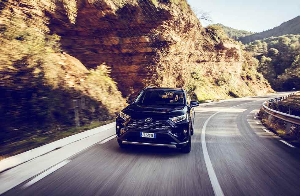 First drive 2020 Toyota RAV4 Design 2.5 Hybrid CVT AWD-i