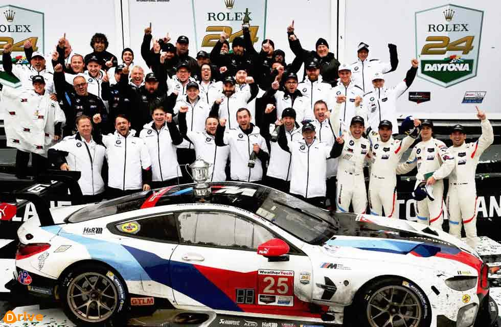 BMW Team RLL wins the 24 Hours of Daytona and dedicates victory to Charly Lamm – Alex Zanardi makes inspirational appearance in the BMW M8 GTE
