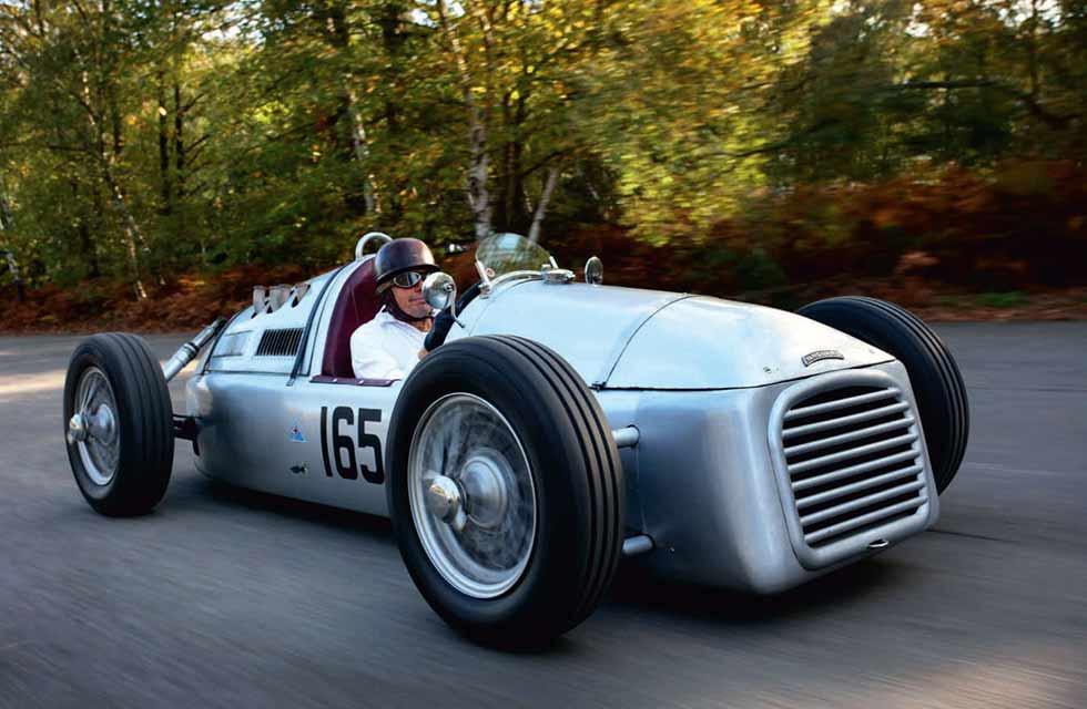 Standard-engined RA Vanguard - James Mann/The Roaring Season