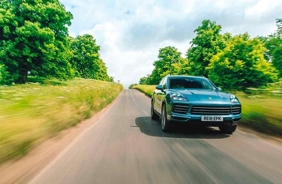 Dan Bathie / 2020 Porsche Cayenne S New SUV tested