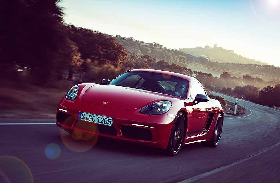 2019 Porsche AG and Drive-My EN/UK