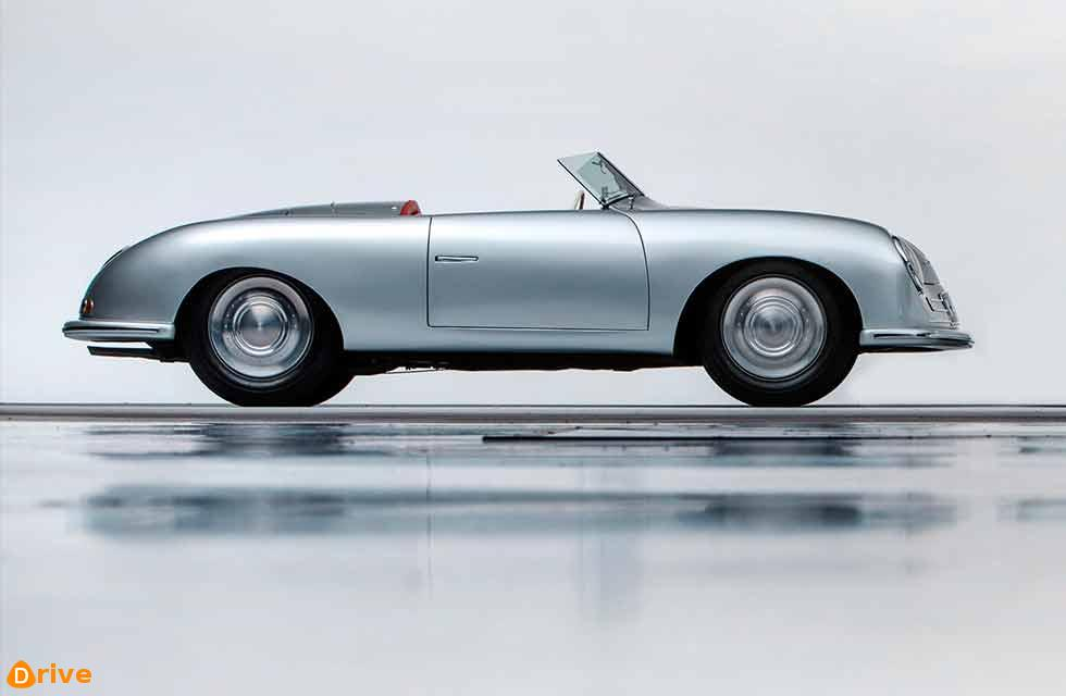 Early Porsches give market trends a body swerve