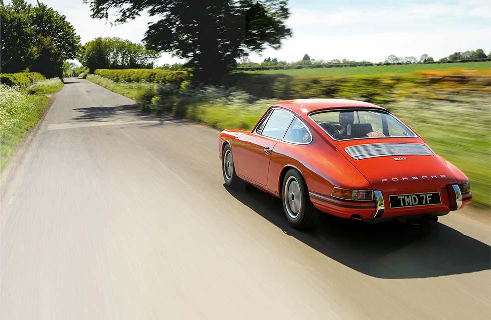 1968 Porsche 911 T/R - road test