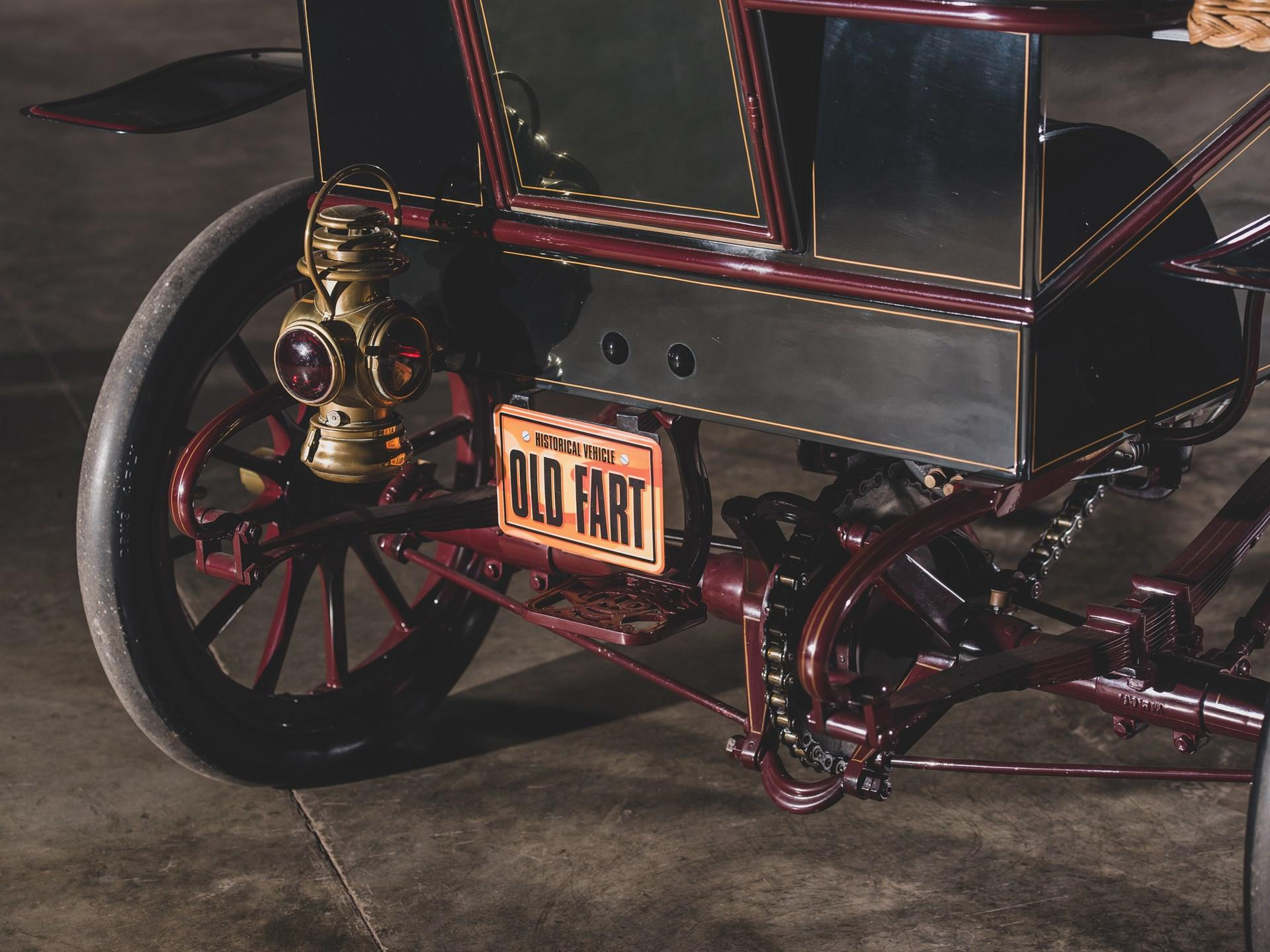 1903 Cadillac Rear-Entrance Tonneau