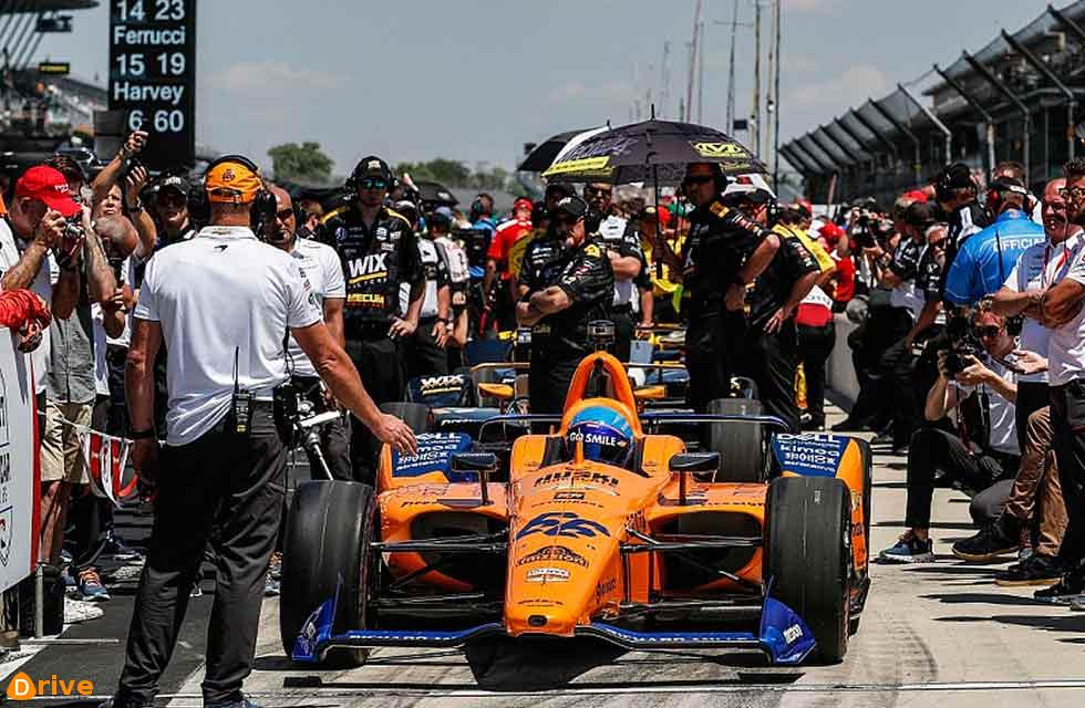 McLaren to enter IndyCar full-time next season