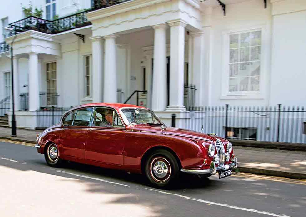 1969 Jaguar 240 Automatic - retro road test-review