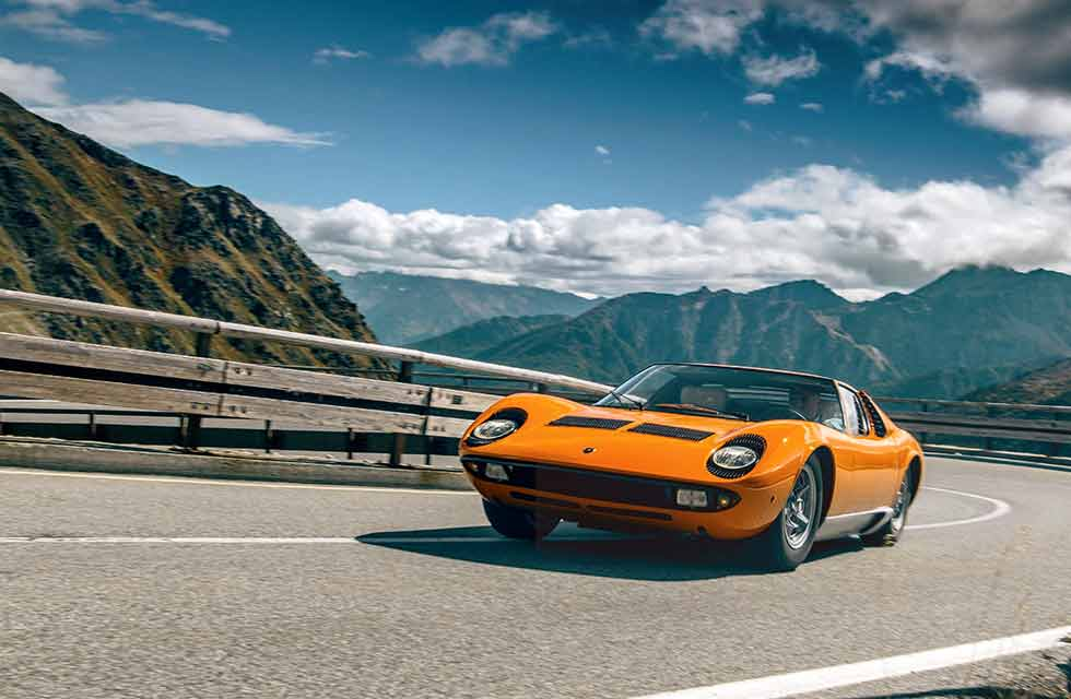 Photography Olgun Kordal / 1969 Miura movie star Lamborghini exclusive Big-screen icon returns to the Alps