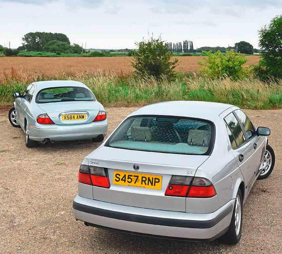 1997 SAAB 9-5 YS3E vs. 1999 Jaguar S-Type X200