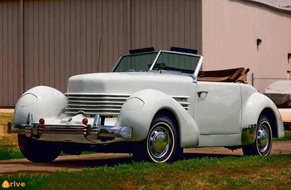 1936 Cord 8/10 replica by Glen Pray