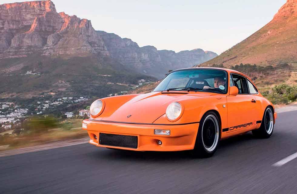 GT3 RS-coloured 1986 Porsche 911 Carrera 3.2