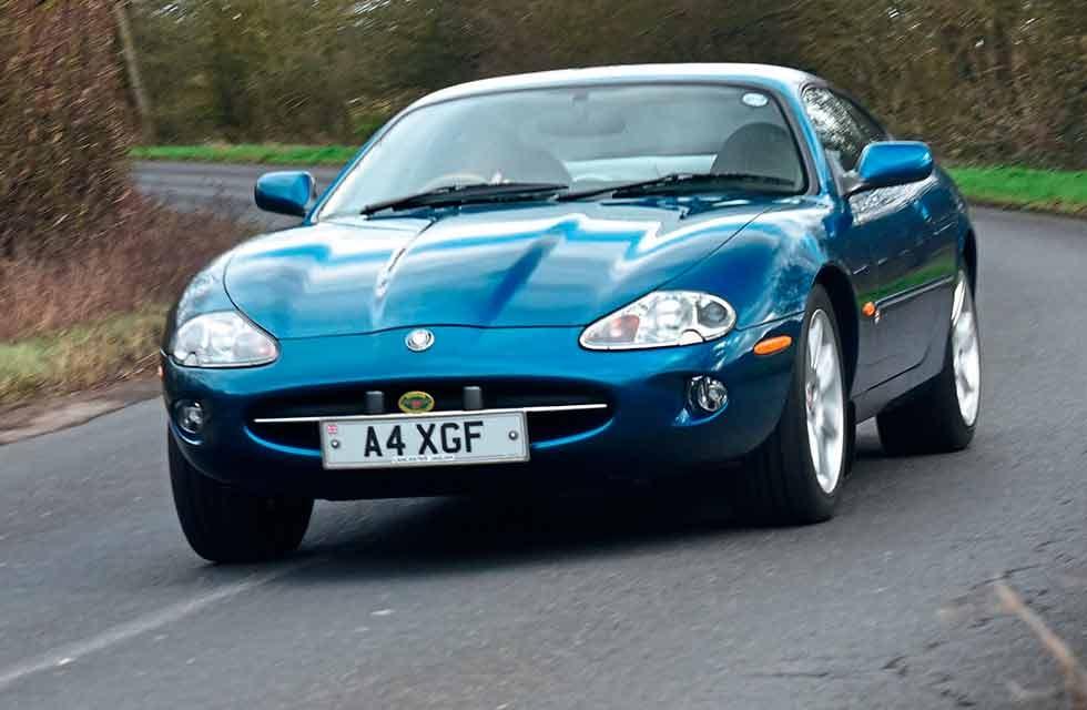 1996 Jaguar XK8 4.0 X100 Preproduction show car - Drive