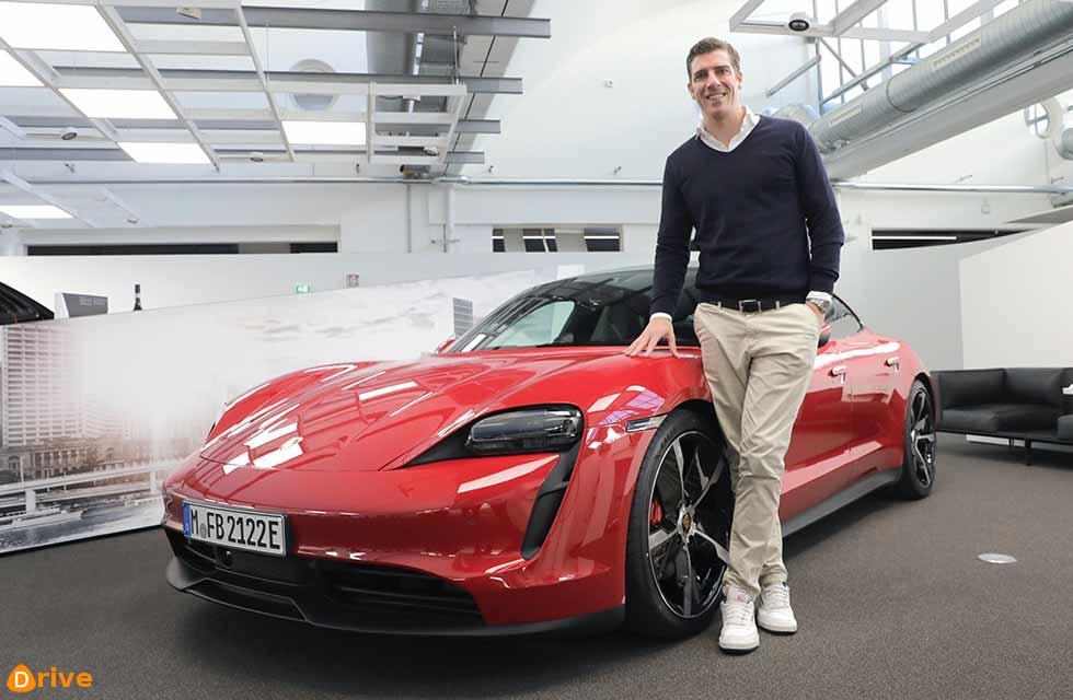 Historic first Porsche Taycan delivery in Stuttgart