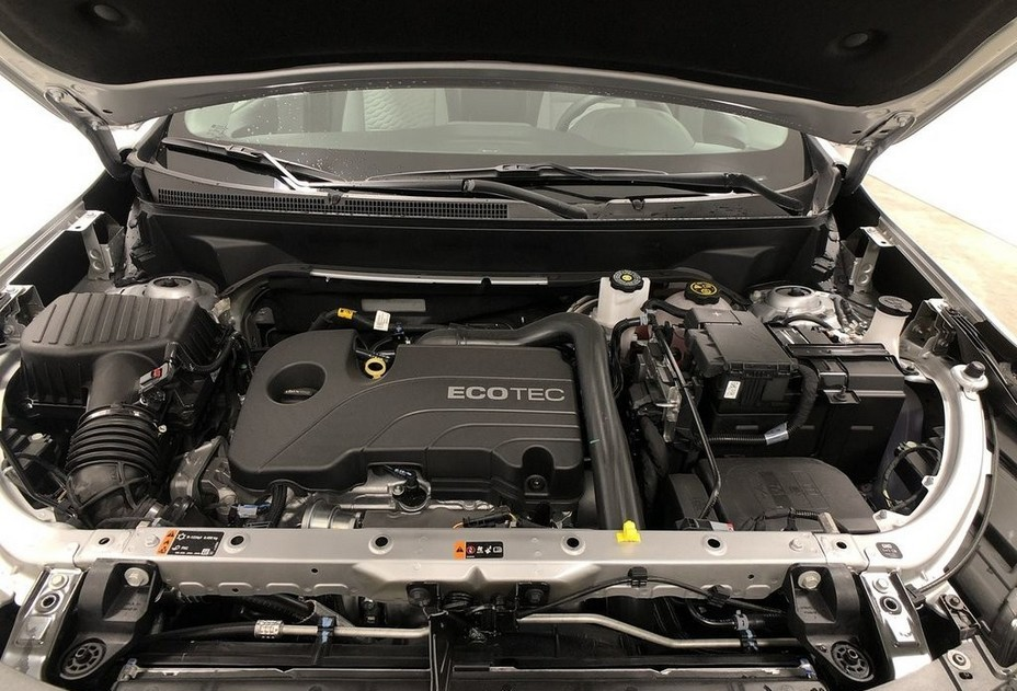 2021 Chevrolet Equinox engine